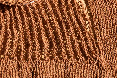 Knit Buddies: kitty: working on a new sweater